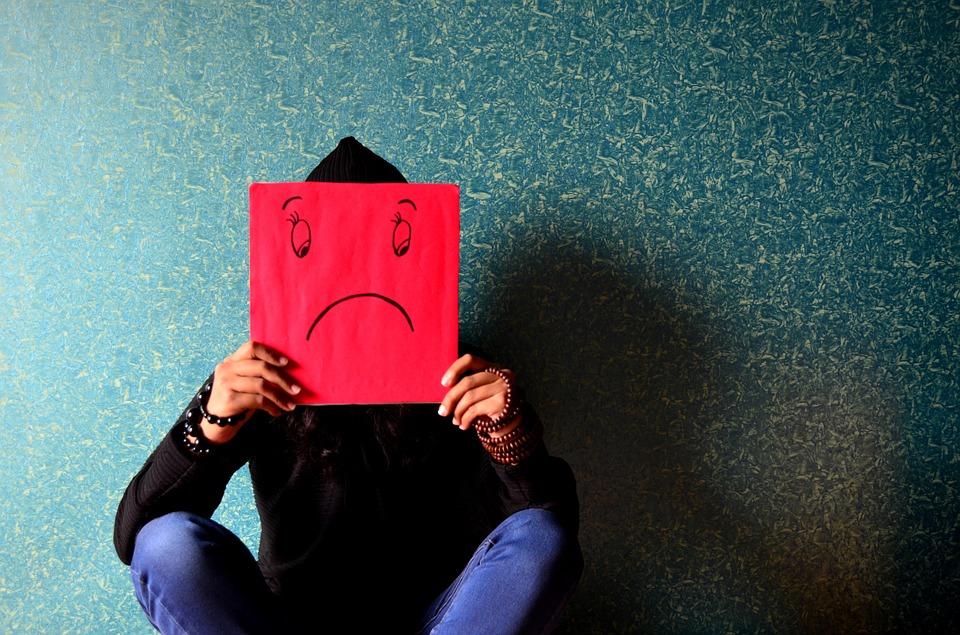 unhappy-389944_960_720